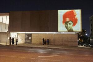 Lorna Simpson, <em>Redhead</em>, installation view, Contemporary Art Museum St. Louis, September 3, 2021–February 13, 2022. Photo: Wil Driscoll.